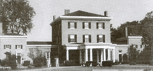 Hartford House in Geneseo